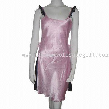 Womens Sleepwear Model No.:CWSG29513 Description: Composition: 100% silk