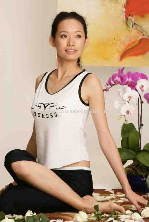http://www.chinawholesalegift.com/pic/Sport-Outdoor-Leisure-Gifts/Sport-Wear/yoga-wear-22161377790.jpg