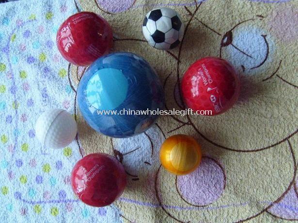 Toalla comprimida de la forma de bola