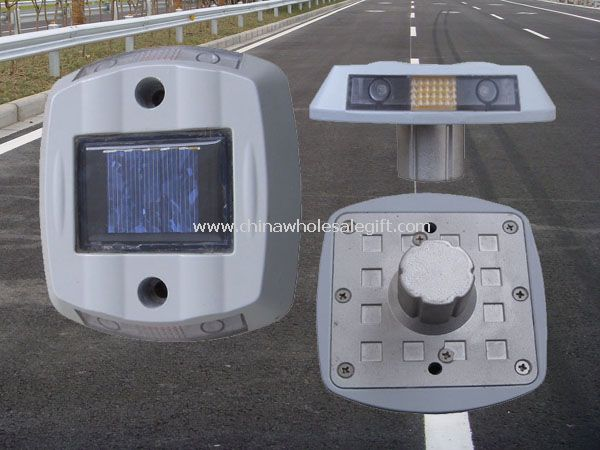 4 pcs super luminosity LED Solar road studs