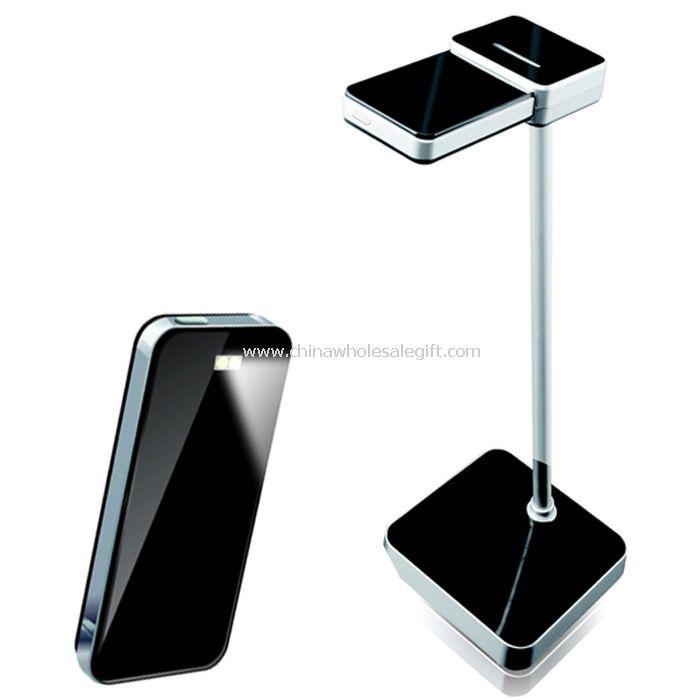 Puede cargar la batería de gran capacidad dentro de la lámpara de escritorio led portátil para teléfonos móviles