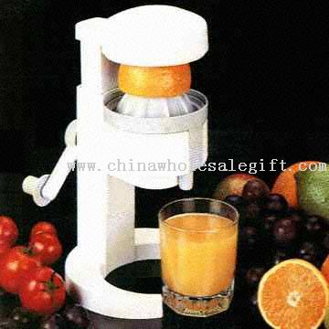 Easy-to-Use Hand-Operated Juice Extractor
