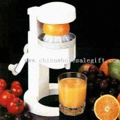 Easy-to-Use Hand-Operated Juice Extractor images