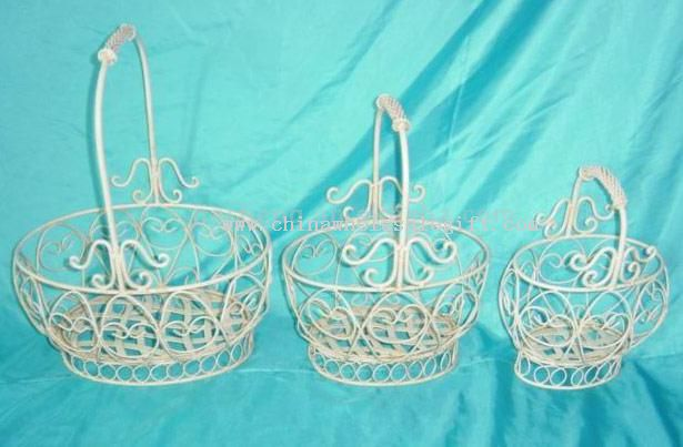 Handicraft Basketry : Metal basket basketry