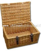 Wicker Closed Basket Hamper images
