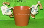 Polyresin Pot Accessories images