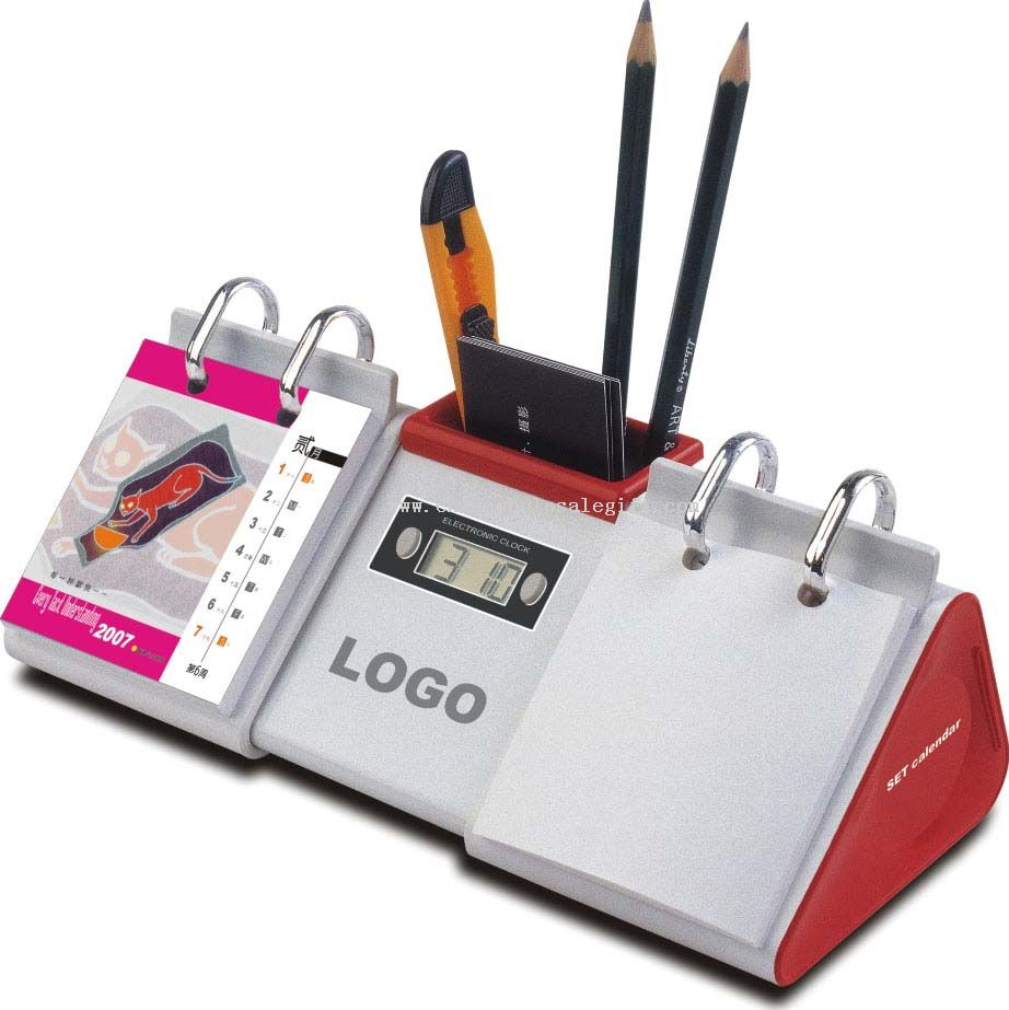 Desktop Calendar with Time and Pen Holder 1024151167