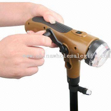 Unikátní vycházkovou hůl s baterkou a upozornění funkce
