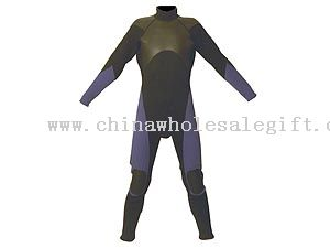 surfing suits with long arms and long legs