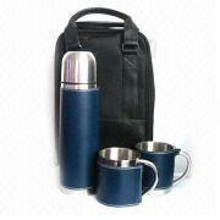 Vacuum Flask with PU and Coffee cups with PU in black bag images