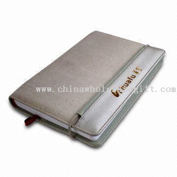 Daily Calendar/Planning Diary with 4 Card Slots and 1 Transparent Credit Card Holder on Left