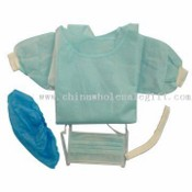 Isolation Gown and Face Mask with Bacteria Filtration Less than 200cfu/g images