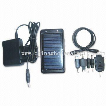 Solar Charger, Suitable for Mobile Phones, MP3 or MP4 Player, Available in Black, White and Red