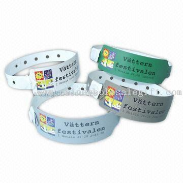 Plastic Snap Wristband/Bracelet with Adjustable Holes for Different Wrist Sizes