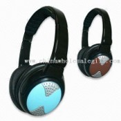 AM/FM Headphone Radios with Electronic Noise Cancellation images
