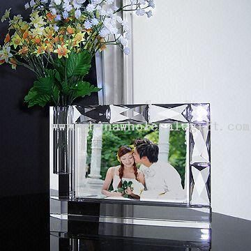 152 x 102mm Crystal/Glass Photo Frame with Photo