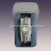 Ladies 3-Hand Analog Watch with Mineral Stone-decorated Alloy Band images