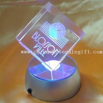 Crystal 3-D Laser kuutio/lohko, Differnt värejä ja kokoja on saatavilla