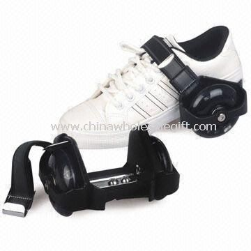 Flashing Roller Shoes with Four PU Flashing Wheels and PA Plastic Bracket