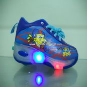 Flashing Roller Shoes with Lights images