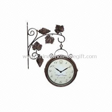 Double-sided Waterproof Wall Clock with Modern Design Suitable for Office and Home Decorations