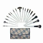 18 piece Cosmetic Brush Set With Fine Imitation Leather Handbag images