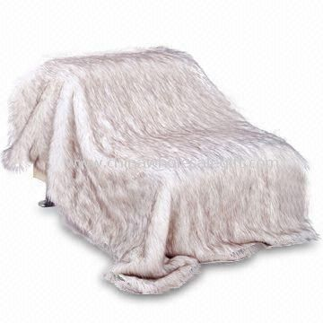 Faux Fur Blanket with Fake Suede Backside Made of 60% Acrylic and 40% Polyester