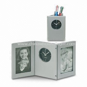 Novelty Desk Clock with Penholder and Photo frame Made of Plastic