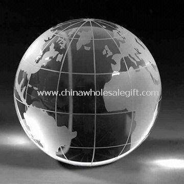 Crystal Globe voidaan käyttää paperipaino pakattu lahjapakkauksessa