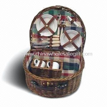 Wicker Picnic Basket Composed of Metal Spoon, Basket and Ceramic Cups