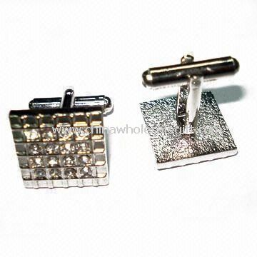 Silver Plated Cuff Link in Fashionable Design