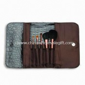 Portable Brush Set with Aluminum Ferule and Wooden Handle images
