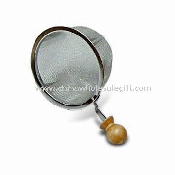 18/8 Stainless Steel Tea Strainer with Wooden Handle