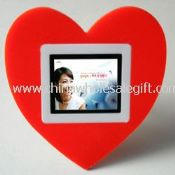 2.4 inch Heart Shaped Mini Digital Photo Frame images