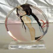 Oval Crystal Photo Frame images