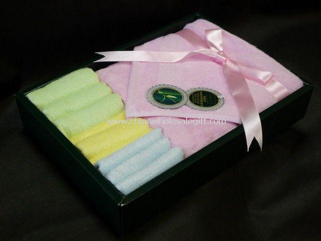 Natural Bamboo Towels Gift Set