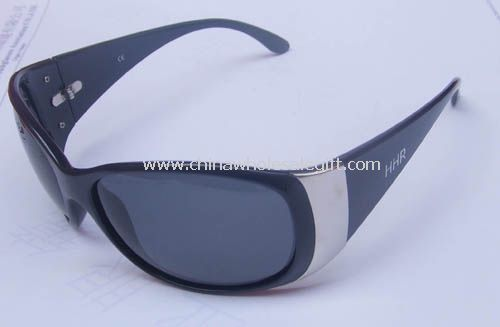 Plastic Polarized Sunglasses