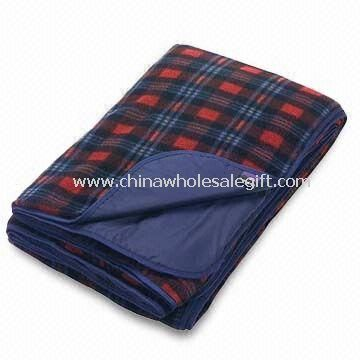 Waterproof Picnic Fleece Blankets with Printed Paper Wrap