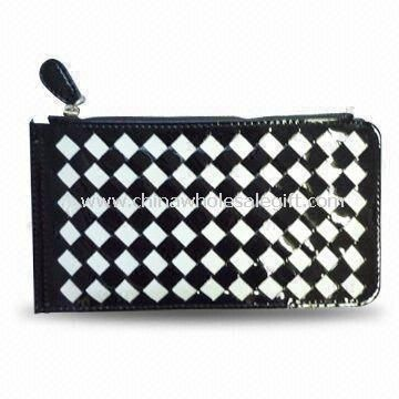 Womens PU/Genuine Leather Wallet with Zipper Closure