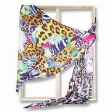 Fashionable Square Scarf with Digital Printing images