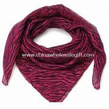 Fashionable Scarf in Square Shape