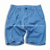 Short Jeans with Stone Bleach and Dirty Wash Made of 100% Cotton Fabric images