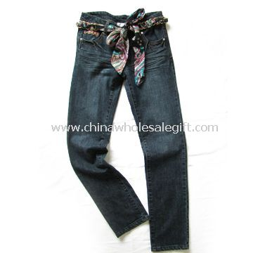 Womens Jeans Made of 100% Cotton Fabric and Slubby Yarn
