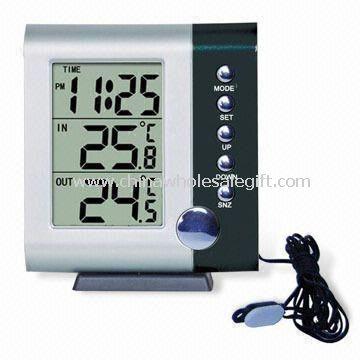 Desk Calendar with Indoor/Outdoor Thermometer