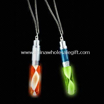 Flashing Necklace in Fashionable Design