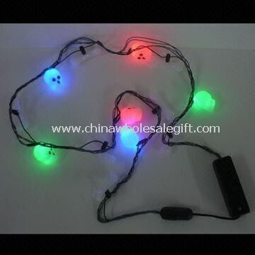 Flashing Skull Light-up Necklace with Rainbow Colors and Effects