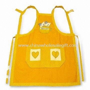 Yarn-dyed Gingham Apron with Embroidery Made of 100% Cotton