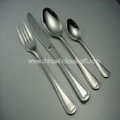 Classic handle design cutlery set images