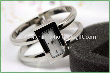 Lady alloy bangle watch
