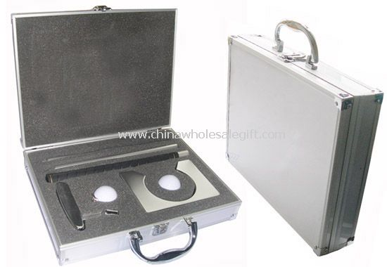 Metal Golf Set Packed in Aluminum Case